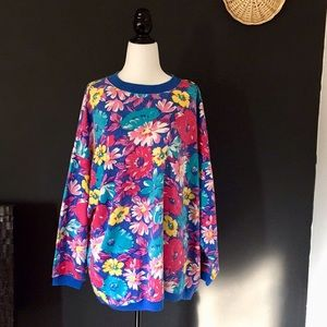 Sweaters - Bold Floral Sweatshirt